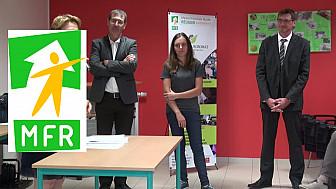 La MFR d'Escatalens avec Pierre BESNARD Préfet du Tarn et Garonne félicitait Charlène BAILLE pour sa